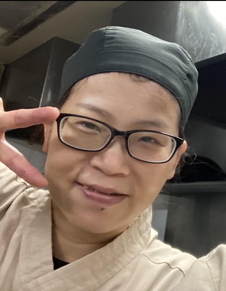 赤垣屋 本店 スタッフ:小東 恵
